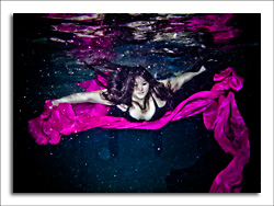 dgmphotography Pricing Page Underwater Portrait Image 2